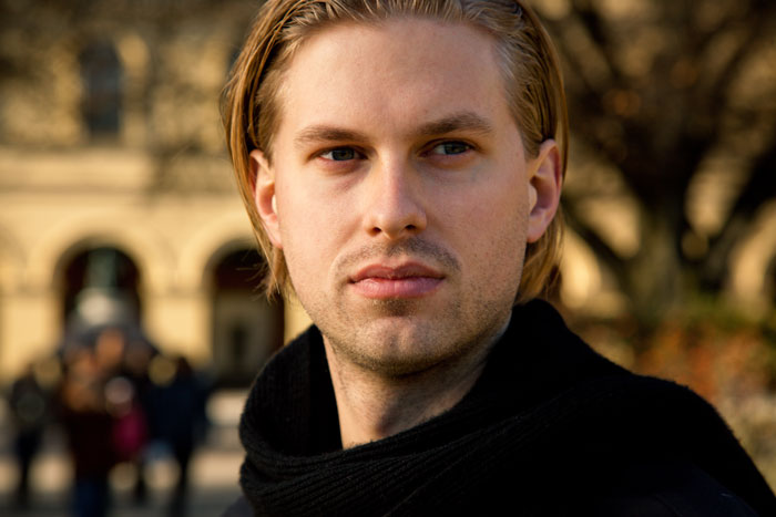 Baritone John Chest takes over The Norwegian National Opera's Instagram Account